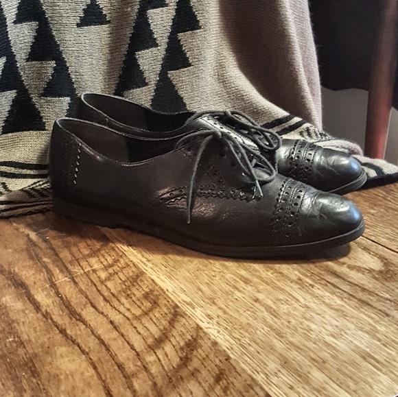 6ca201c9a5d2c Vintage Black Oxford Shoes by Dolcis